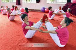美丽瑜伽 魅力瑜伽  健身瑜伽