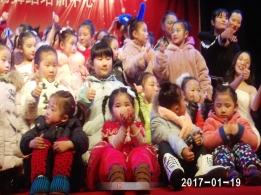 美丽可爱的童年(图片)
