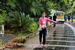 桂林景区的美容师