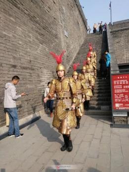 城墙巡逻兵