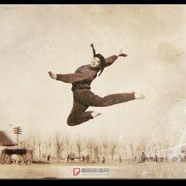 迎接安徽省第一届全运会阜阳专区体操教练张国翠