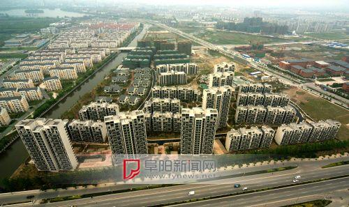 土地市场温和复苏 明年房地产投资有望趋稳