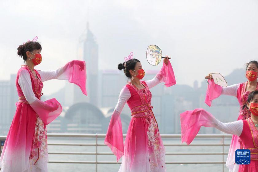 香江舞动中国红